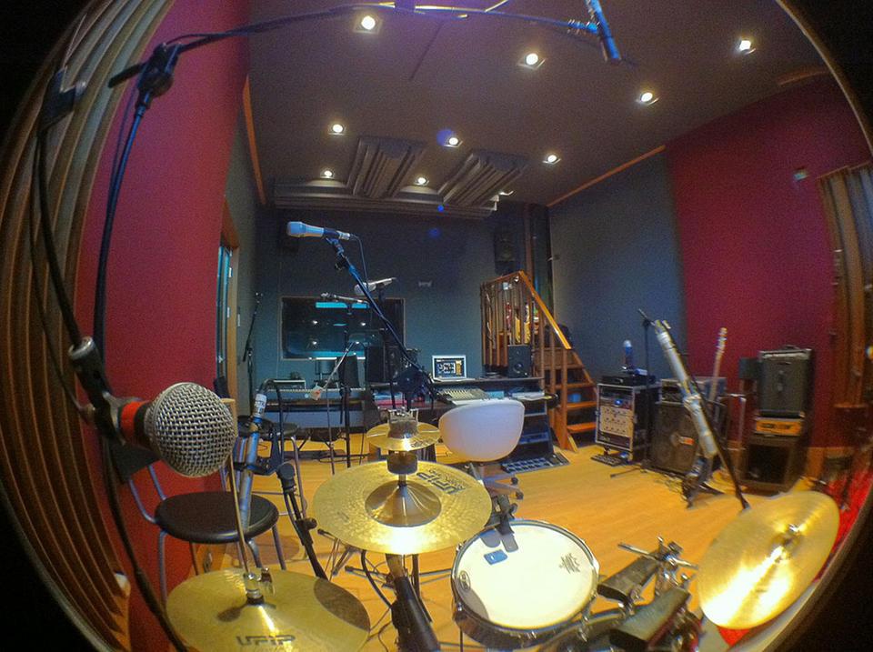 Impianto clima canalizzato con ricambio aria in sala registrazioni musicali